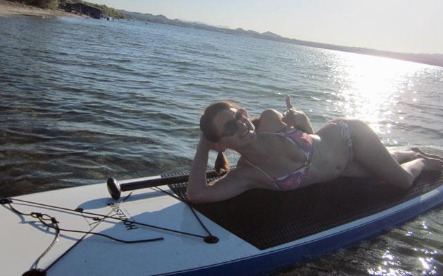 lake-lounge-2