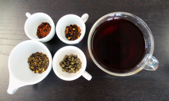 blueberry-rooibos,-cinnamon-plum,-ginger-puerh,-jasmine-pearl-and-a-cup-of-ginger-puerh-sized